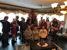 Clubs Help Spread Christmas Cheer