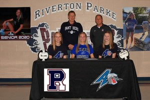 Cruser Signs with NCAA Division I Bulldogs