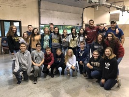 ​Riverton Parke FFA Feeds Local Farmers